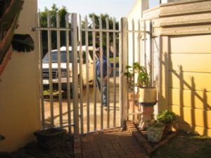 Metal Fencing Services Cape Town | Construction Company